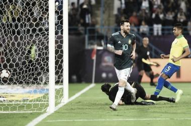 Argentina le ganó a Brasil, con gol de Messi