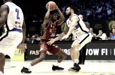 Legabasket - Venezia domina i due quarti centrali, Brescia ci prova ma non basta (79-84)