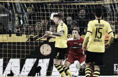 Borussia Dortmund sai atrás e busca resultado heroico contra o Paderborn