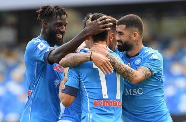 Lozano trascina il Napoli: Atalanta annichilita 4-1