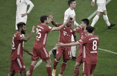 Com facilidade e algumas estreias, Bayern de Munique vence Dürenpela DFB Pokal