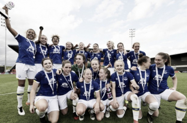 Everton celebrate winning the Spring Series | Source: everton.fawsl.com