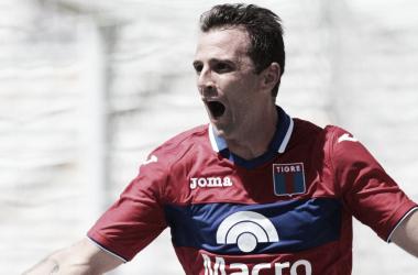 Lo grita la Ardilla, que lleva cuatro goles en la Superliga (Foto: Mundo D).