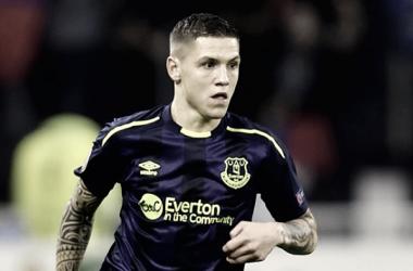 El Everton cede a dos de sus promesas