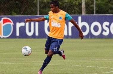 Élber tem a confiança do técnico Marcelo Oliveira para a atual temporada (Foto: Washington Alves/VIPCOMM)