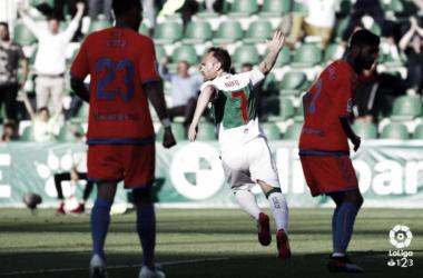 Nino celebra el tanto que abrió el marcador en el Martínez Valero. Foto: La Liga
