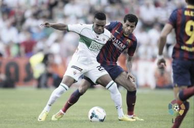 Barça empata com o Elche, mas depende de vitória simples para ser campeão