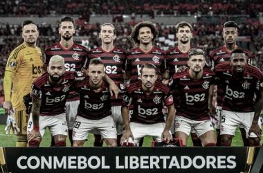 Parte do elenco atual do Flamengo perfilado na competição de 2019.&nbsp;<div>Foto: (Marcelo Cortes/Flamengo)</div>