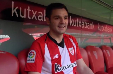 Danel Lezkano en el banquillo. Foto: Athletic Club