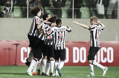Atlético-MG toma sustos, mas vence Paraná Clube e avança à decisão da Primeira Liga