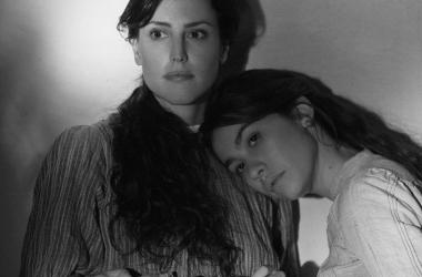 Fotograma de la película Elisa y Marcela de Isabel Coixet | Sitio oficial de Netflix