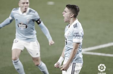 Sergio Carreira celebrando su gol ante el Levante. | Foto: La Liga.