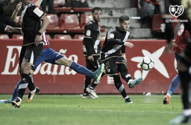 Adri Embarba en un encuentro en la última temporada. Foto: Rayo Vallecano S.A.D.