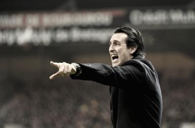 Sem esquecer derrota para o Barcelona, Unai Emery quer foco no título da Ligue 1