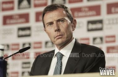 Butragueño atendiendo a la prensa. Foto: Dani Mullor (VAVEL)