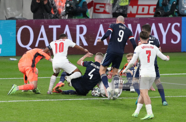 LONDON, ENGLAND - JUNE 18: Scott McTominay of Scotland vies with Declan Rice of England during the UEFA Euro 2020 Championship Group D match between England and Scotland at Wembley Stadium on June 18, 2021 in London, England. (Photo by Ian MacNicol/Getty Images)