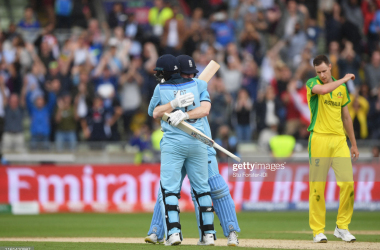 2019 Cricket World Cup: England cruise past Australia to set up New Zealand final