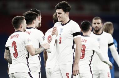Inglaterra goleia Islândia na despedida da Uefa Nations League