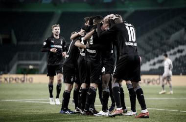 Mönchengladbach goleia Shakhtar em casa e encaminha classificação na Champions League