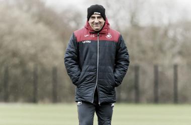 Carlos Carvalhal en el campo de entrenamiento. Foto: Swansea.