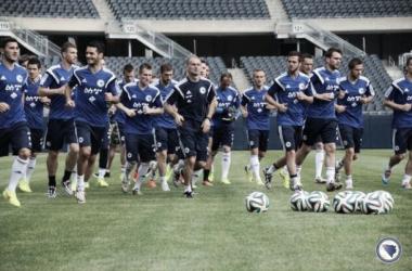 Los pupilos de Safet Susic realizando uno de los entrenamientos previos al Mundial de Brasil. FOTO: NFS BiH.