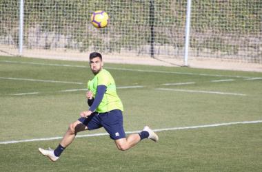 Fede Vico en un entrenamiento del Granada CF | Foto: Óscar Yeste