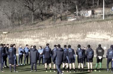 La plantilla realista entrenando en Zubieta, preparando el duelo contra el Barcelona (Fuente:www.realsociedad.com)
