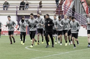 Primer equipo calienta en los Anexos | Real Valladolid