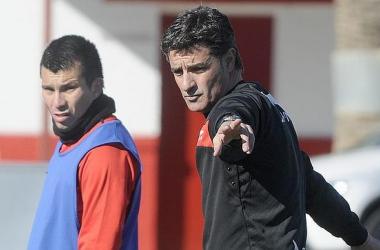 Navaro y Medel, OK. Spahic, Perotti y Campaña, dudas.