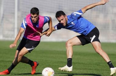 Alberto Soro y Quini en un entrenamiento del Granada | Foto: Pepe Villoslada / Granada CF