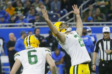 Green Bay Packers 23-20 Detroit Lions: Packers secure NFC playoff bye after late Crosby field goal