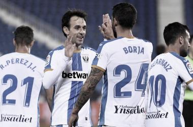 Rubén Pérez, Rubén Pardo, Borja Bastón y José Arnáiz celebran un gol | Foto: CD Leganés