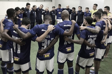 Cruzeiro busca reação no segundo tempo, derrota Tupynambás de virada e assume liderança