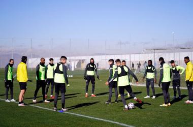 El Granada CF se prepara para medirse a la Cultural Leonesa y el FC Barcelona