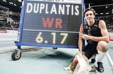 Duplantis breaks pole vault record at the age of 20