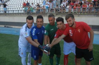 El Real Murcia presenta sus nuevas equipaciones