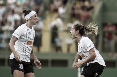 Corinthians recebe Avaí/Kindermann visando manter invencibilidade