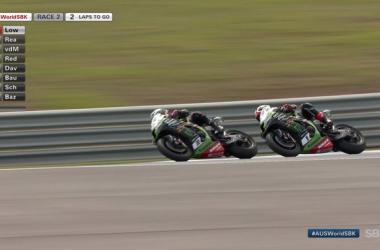 SBK Gara 2 Gp Australia: Doppietta Kawasaki con il primo posto di Lowes e secondo Rea