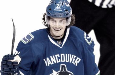 Loui Eriksson estará de 4 a 6 semanas fuera del hielo