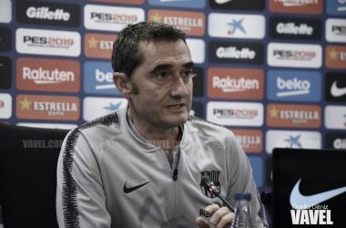 El técnico azulgrana vivió una de sus ruedas de prensa más duras / Foto: Noelia Déniz (VAVEL.com)