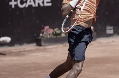 Monteiro perde primeiro set, mas se recupera e vence Mayer na estreia do Chile Open