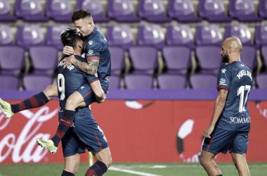 Celebración de uno de los goles de Rafa Mir / Twitter: SD Huesca
