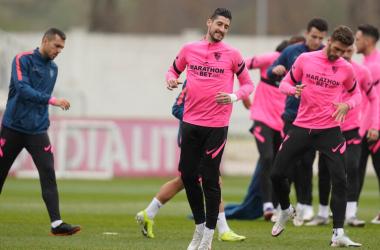El Sevilla FC piensa en al renovación de Escudero para la próxima temporada
