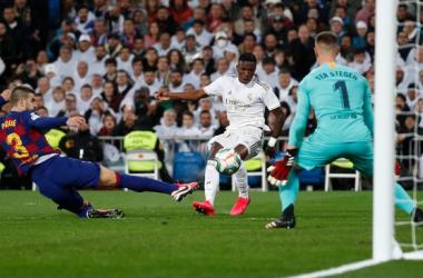 Il Real Madrid si prende Clasico e vetta della Liga: battuto il Barcellona 2-0