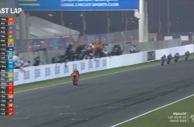 Gp Qatar: Pazza pazza gara della Moto2 e trionfa Nagashima