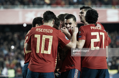 Los jugadores españoles celebran uno de los goles en Mestalla / Foto: Getty Images