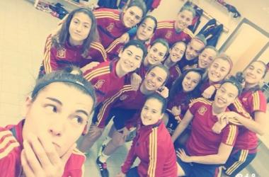 Las 18 jugadoras se encuentran concentradas para la preparación de la Ronda Élite. | Foto: facebook de Silvia Mérida.