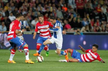 Imagen de uno de los últimos choques entre ambos equipos. Foto: Antonio L Juárez