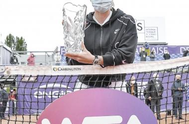 Svitolina alza su título 15 en Estrasburgo