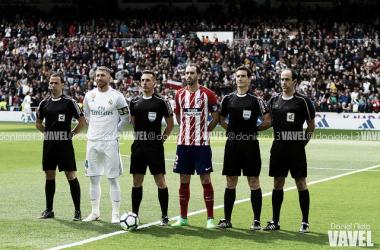 Estrada Fernández y sus asistentes con Ramos y Godín | Foto: Daniel Nieto (VAVEL)